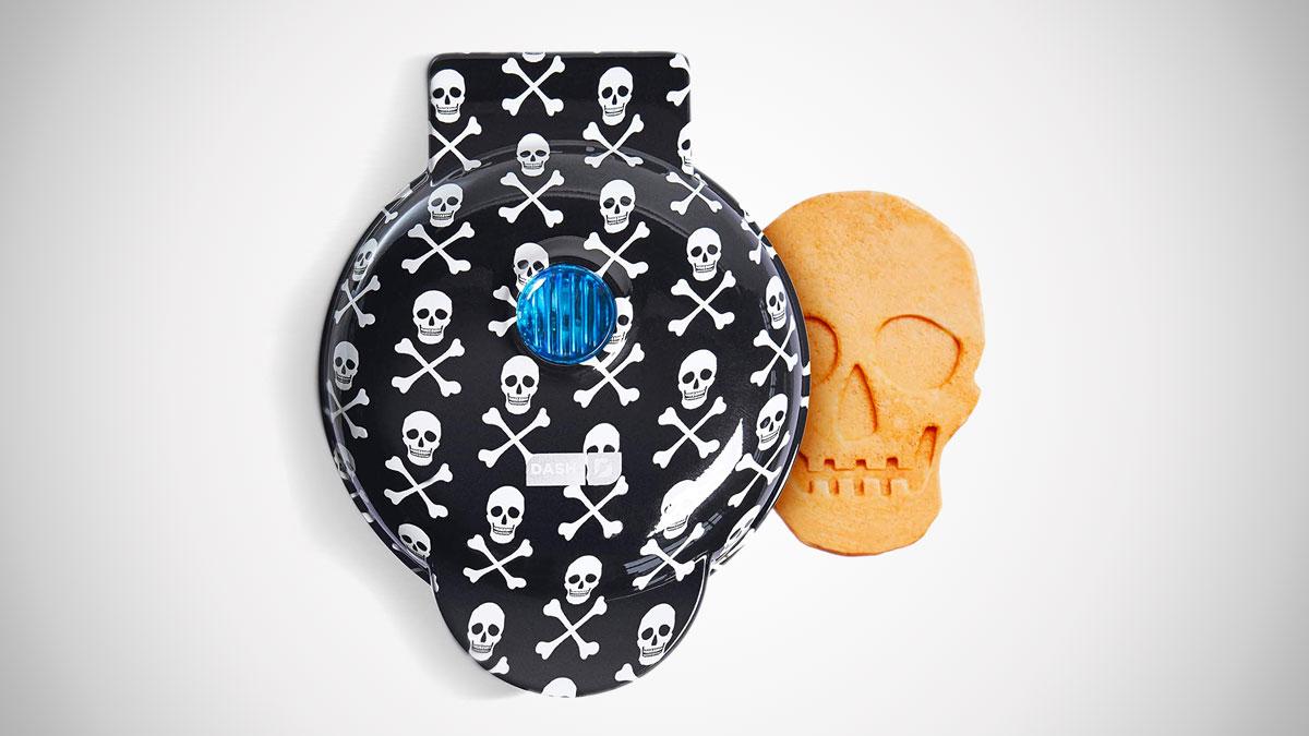 Dash Mini Skull Waffle Maker