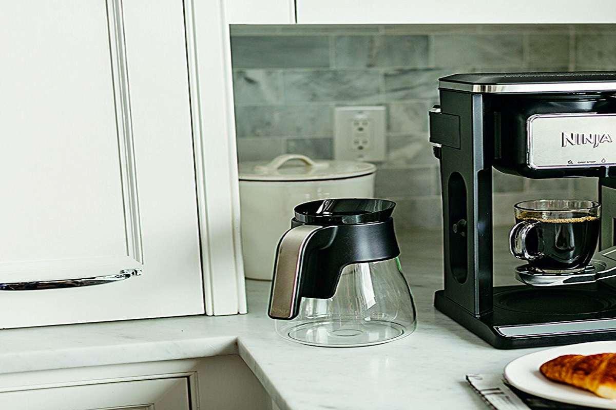 Ninja Coffee Bar Auto IQ Coffee Brewer Hot Cold