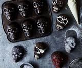 Mini Skull Cakelet Pan