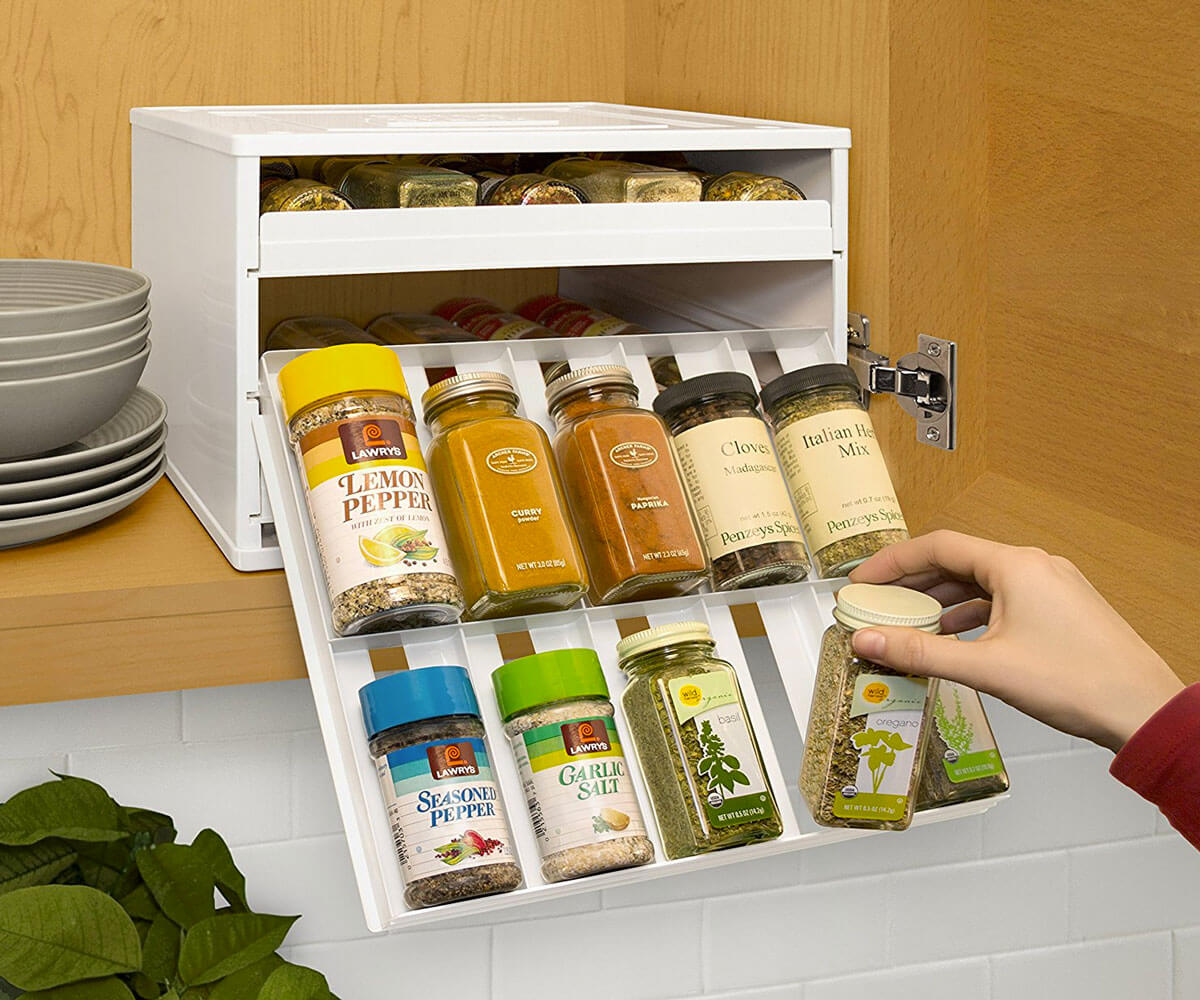 Kitchen Style Magnetic Knife Bar