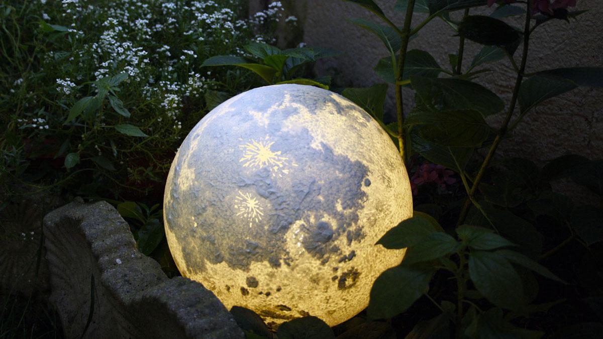 Moon Amp Planet Lamps Dudeiwantthat Com