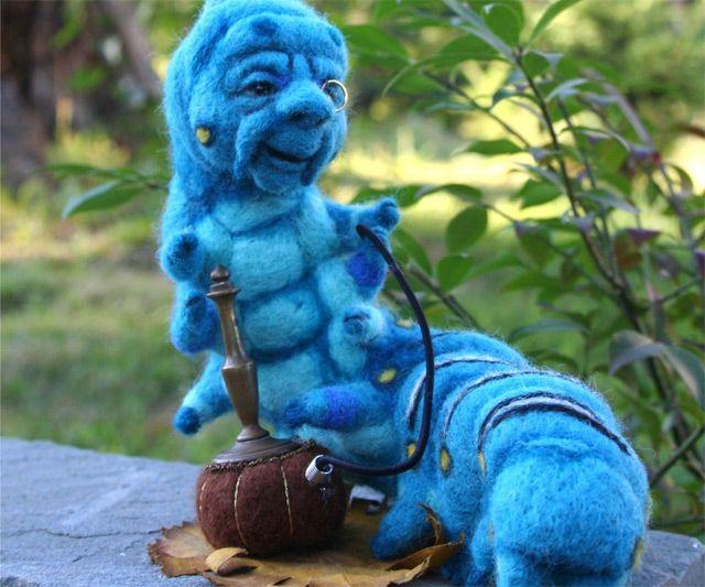Alice in Wonderland Caterpillar & Hookah | DudeIWantThat.com Alice In Wonderland Hookah
