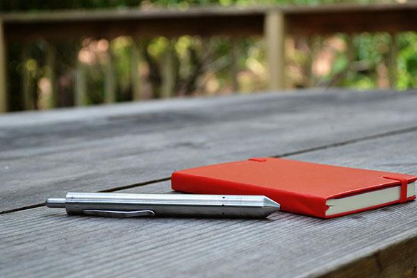 Grasshopper Vaporizer Pen   DudeIWantThat.com