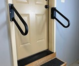 Hold-Tight Jamb-Mounted Mini Handrail