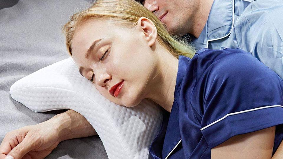 Slow Rebound Lovers' Pillow