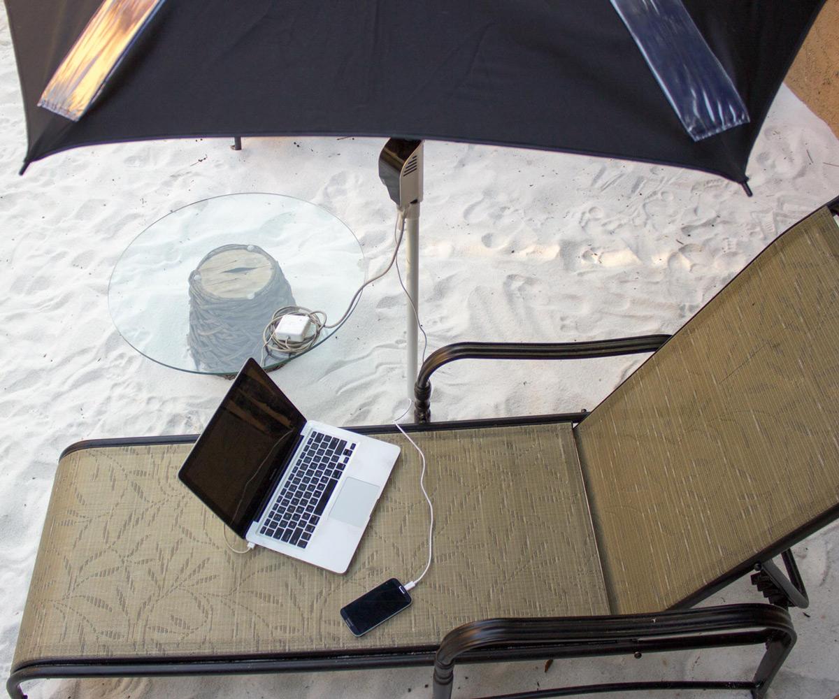 Powershade Solar Powered Beach Umbrella Dudeiwantthat Com