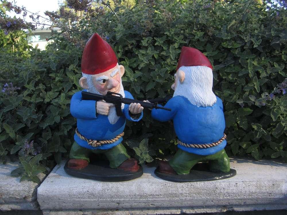 Gnome Garden: Combat Garden Gnome