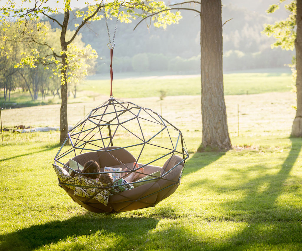 Outdoor hanging bed - Kodama Zomes Hanging Beds