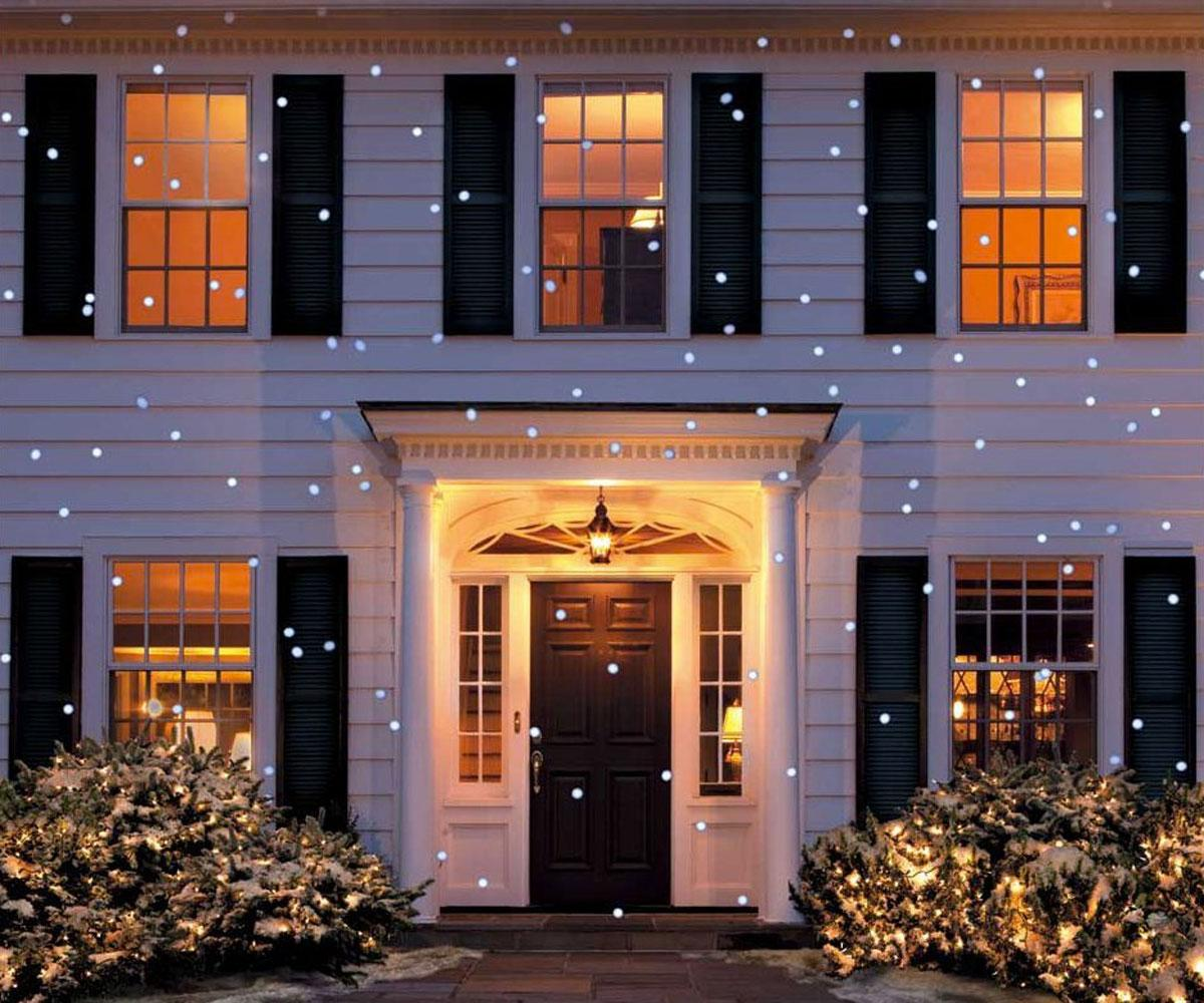 LED Snow Flurry Projection Light | DudeIWantThat.com