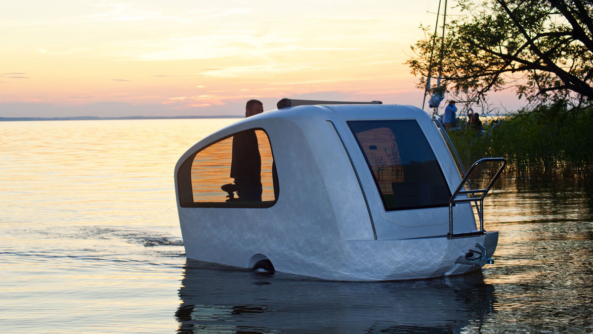 Sealander Land & Water Camper