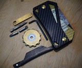 Arceo Wallet & Magnetic Carry System
