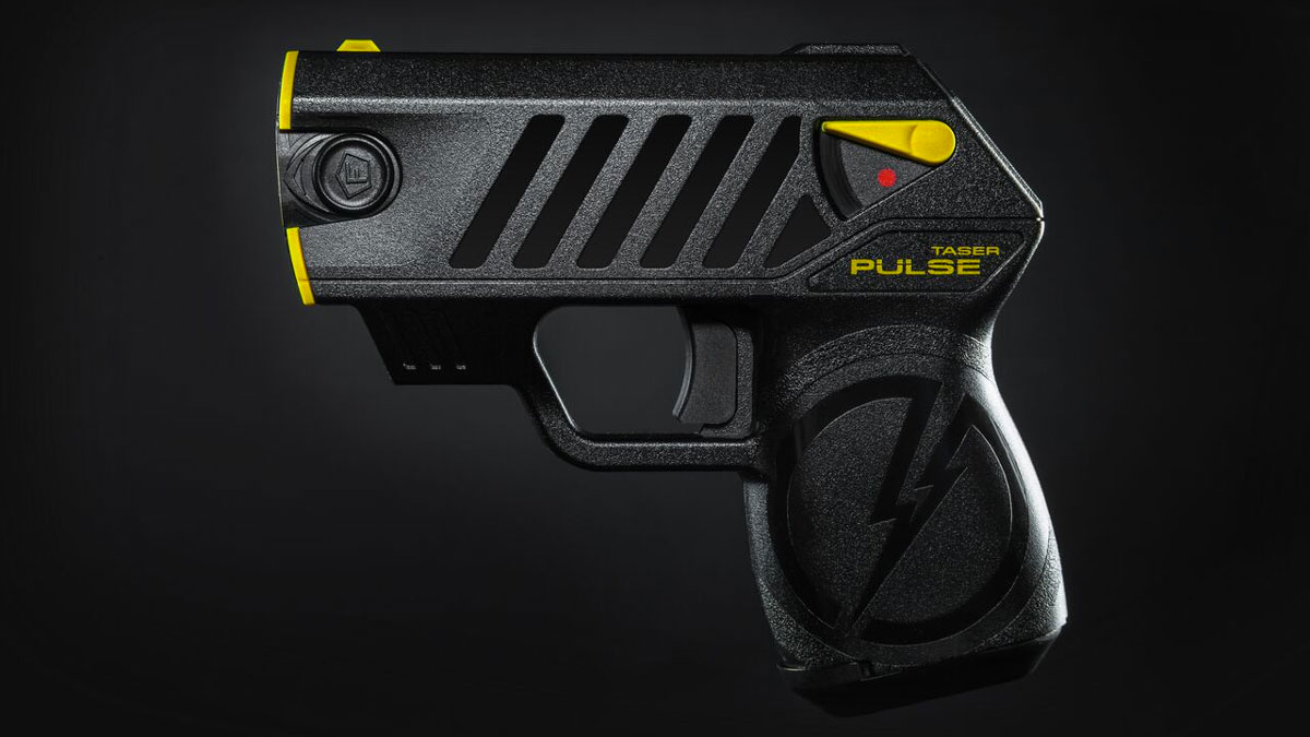 http://static.dudeiwantthat.com/img/sponsored/taser-pulse-legal-civilian-25599.jpg