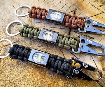 Liberty Clip Paracord Keychain