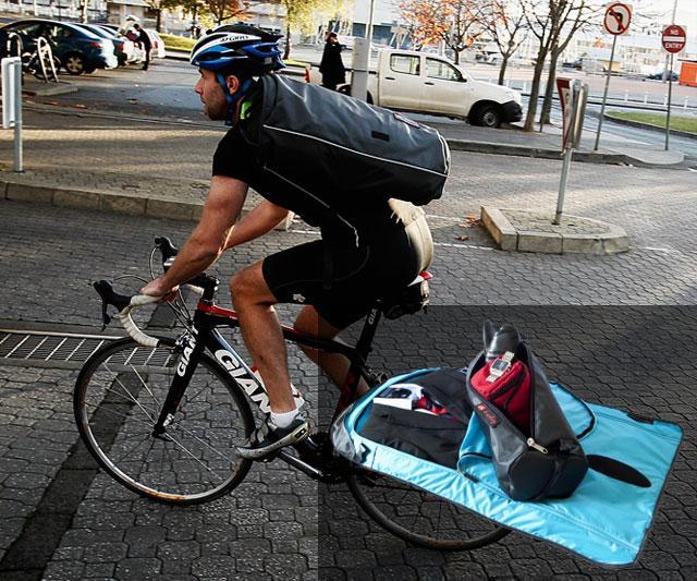 Henty Wingman Suit Commuter Bag