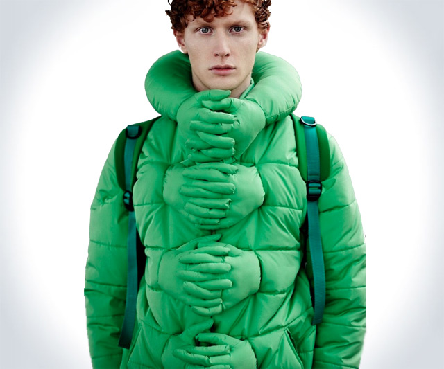 Hold Me, Aliens Coat