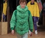 Hold Me, Aliens Coat