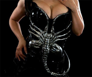 The Chesthugger - Alien Facehugger Corset