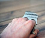 Knuckle Duster Beard Comb