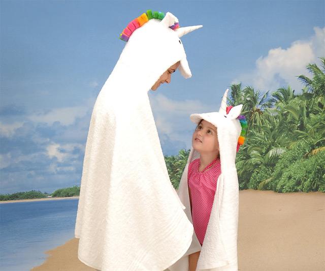Unicorn Hooded Towel | DudeIWantThat.com
