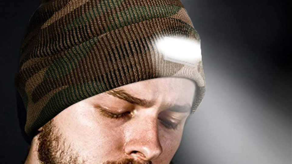 SnowCinda LED Flashlight Beanie