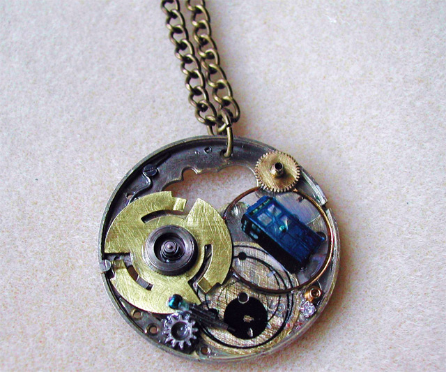 doctor who tardis necklace dudeiwantthat