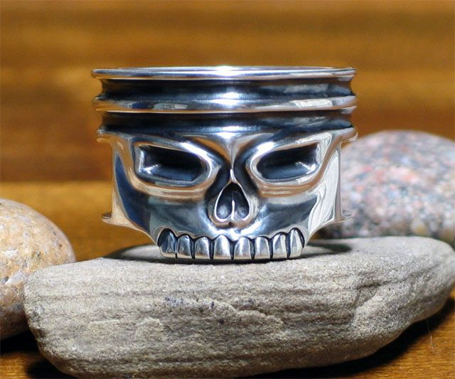 Wood Face Ring And Cuffling