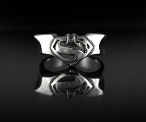 Batman v Superman Ring