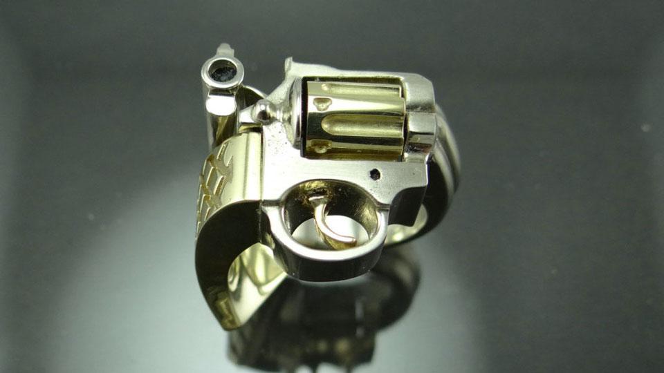 Revolver Ring