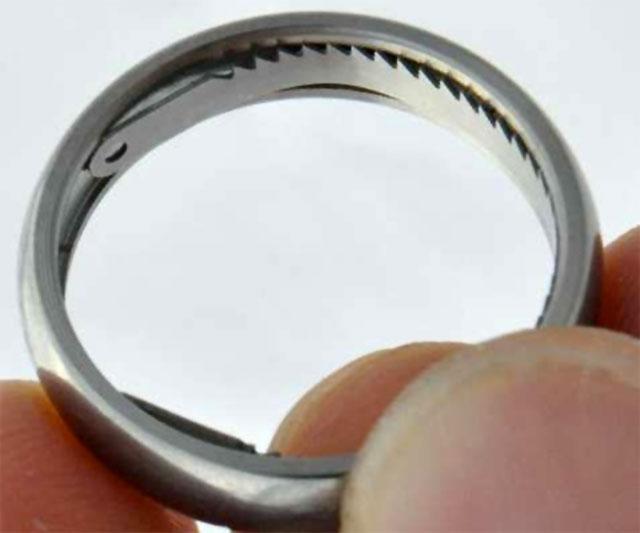 Titanium Key Ring Splits Size