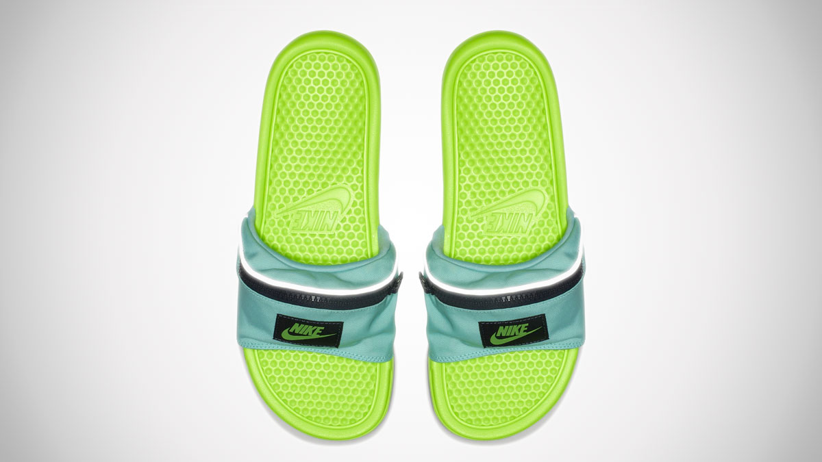 quality design 4320e 3a1a1 ... Men s Nike Benassi JDI Fanny Pack Slide