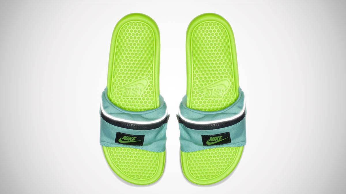 ba3d7045cc10 ... Men s Nike Benassi JDI Fanny Pack Slide
