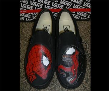 3bcbd23502308c Spider-Man Vs. Venom Vans | DudeIWantThat.com