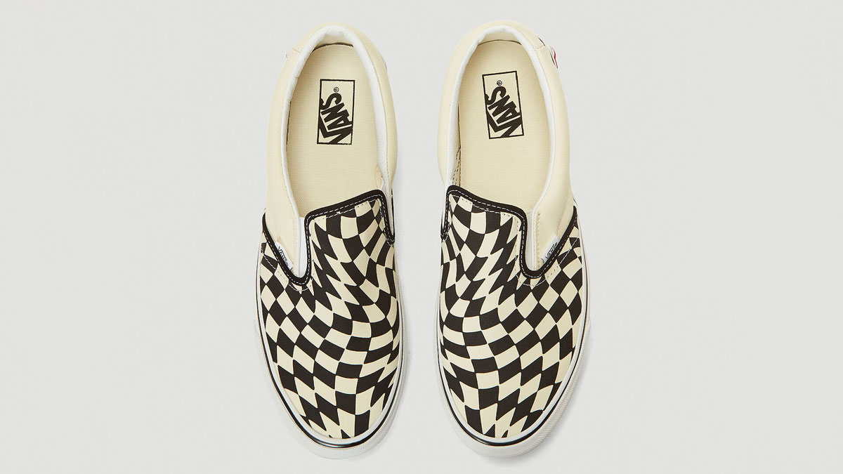 Vans UA Classic Slip-On Twist Sneakers