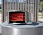 Kisai Online LCD Watch - Red/Silver