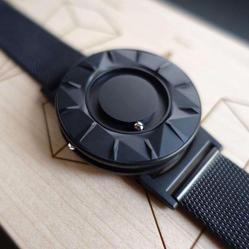 The Bradley Tactile Watch   DudeIWantThat.com